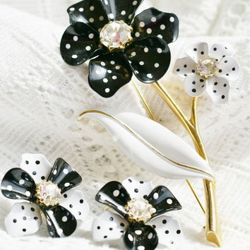 Christmas Sale Vintage AVON black and white polka dot enamel flower brooch pin and clip earrings