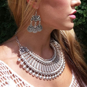 Gypsy Bohemian Style Silver Coin Hippie Boho Tibetan Tribal Earrings Necklace Set= 1928807300