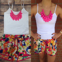 PICKING WILD FLOWERS SHORTS – LaRue Chic Boutique