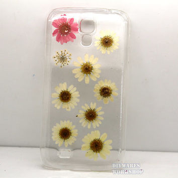 unique iphone 5 case iphone 4 case iphone 4s case Iphone 5s case 5c Samsung galaxy s3 galayx s4 case cover Pressed flower real daisies resin