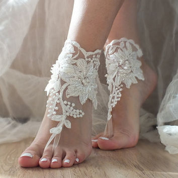İvory lace sandals Lace barefoot ivory Beach wedding barefoot sandals
