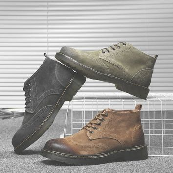 2018 Kanye West Round Toe Chelsea Boots Men suede Leather Men Boots Ankle lace up Mens Boots Fashion Bota Masculina