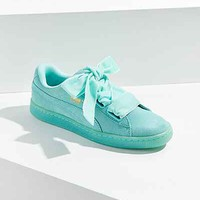 Puma Suede Heart Sneaker - Urban Outfitters