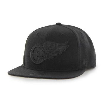 ONETOW NFL Detroit Red Wings Sure Shot Black on Black Snapback Hat