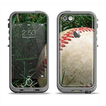 The Grunge Worn Baseball Apple iPhone 5c LifeProof Fre Case Skin Set