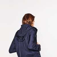 WATER REPELLENT JACKET DETAILS