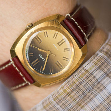 Chunky gold plated men's watch Dawn mint condition watch square shockproof burgundy premium leather strap watch State Quality Mark