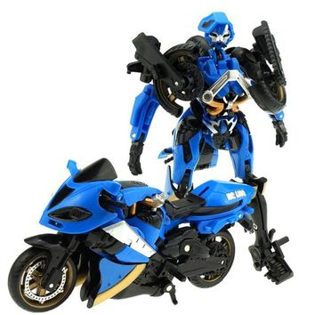 hot Sale 15cm Motorcycle Model Transformation West Blue Carroll Robot Car Action TOYs Anime Plastic TOYs Action Figure Boys Gift