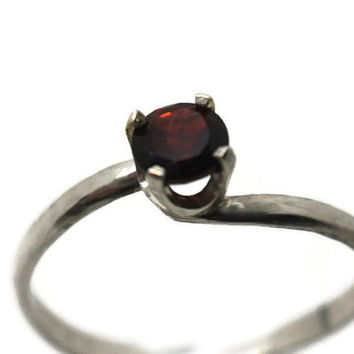 Garnet Engagement Ring, Natural Gemstone Ring, Twisted Band, Red Gemstone, Simple Silver Ring