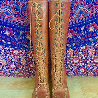 Vintage 60s 70s Women's Orange Brown Leather Zodiac Campus Knee-High Lace Up Platform Gum Heel Boots with Braided Leather Detail Size 7.5