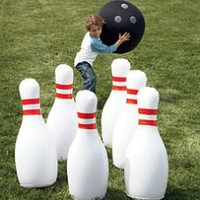 Gift Idea: Giant Bowling Game