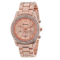 Women Fashion Metal Band Quartz Classic Round Crystals Watch Wristwatches
