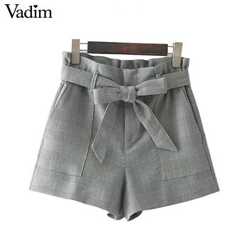 vintage bow tie plaid shorts houndstooth pockets