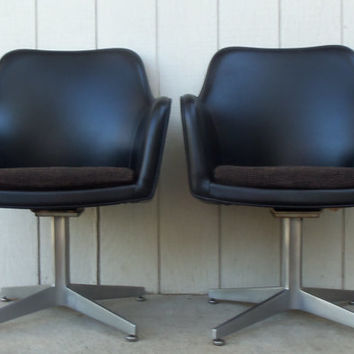 Pair Vintage Black Chairs Club Pair Goodform GF Vinyl  Egg Aluminum Swivel Mid Century 1951 Original vinyl Office Furniture Waiting Room