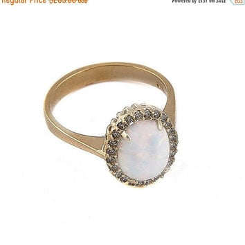 HALLOWEEN SALE -20% White Australian Opal Ring, Big Oval Opal ring , Solid Gold 14k ,Opal Engagement Ring, Birthstone Ring