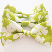 Silhouetted Floral Bow