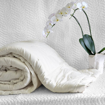 Organic Cotton Filled Comforter