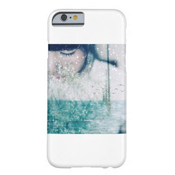 Emerald Girl Green NYC iPhone 6 Case