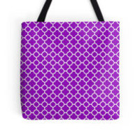 Purple and White Quatrefoil Pattern by TigerLynx