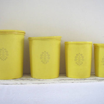 Vintage bright yellow retro tupperware containers / 5 piece set