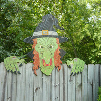 Witch Fence peeker