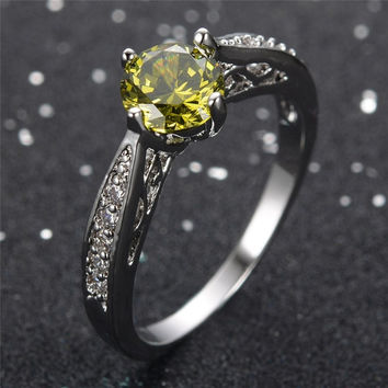 Exquisite Jewelry Women Peridot Ring Vintage Olive Stone White CZ Gold Filled Wedding Band Engagement Rings Anel Aneis RW1117