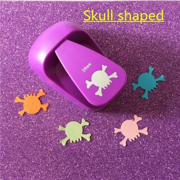 Free Shipping large Skull shaped paper/EVA foam hole punch for greeting card handmade scrapbooking gifts Cranium craft puncher