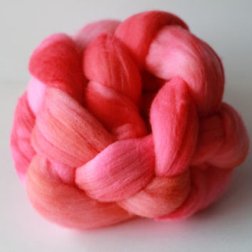 Flamingo - Merino Wool Roving - Hand-Dyed Wool For Spinning, Felting 3.5 oz 100g