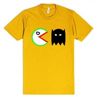 Joker Vs. Batman (Pacman Style)-Unisex Gold T-Shirt