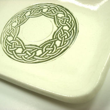Celtic Knot Dish, Celtic Knot Plate, Irish Housewarming Gift, St. Patrick's Day, Irish Family Name Plate, Gaelic Decor, Celtic Pottery
