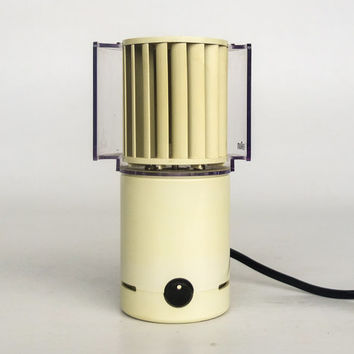 MOMA Electric Desk Fan / Table Fan Braun HL 70 in White, Germany / Retro 70's Vintage / MOMA Collection