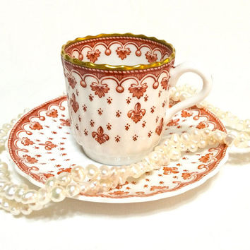 Spode Red Fleur de Lys Demitasse Cup, Fleur de Lis Demitasse Cup, English Bone China, Spode China, 1961-1994, Vintage Demitasse Tea Cup