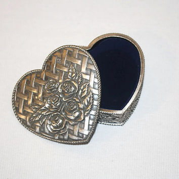 Heart Shaped Trinket Box, Rose and Lattice Metal Jewelry Gift Box,