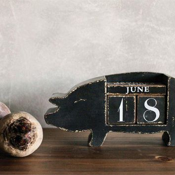 Perpetual Pig Calendar for Table or Desk
