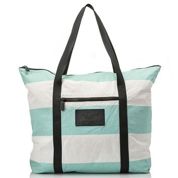 ALOHA Collection - Umbrella Stripe Zipper Tote | Pool