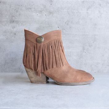 sbicca - pinto fringe ankle boots - tan