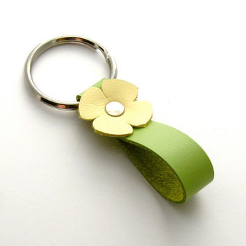 Spring Flower Key Ring in Lemon Cream and by peaseblossomstudio