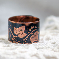 Small ivy elven ring - Copper ring - Etched ring - Ethnobotanic Elven ring - Ring cuff - Free-size ring - Forest Elven Ring - Ivy ring