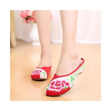 Fashion Online Summer Old Beijing Cloth Shoes Embroidered Shoes Slipsole Middle Heel Woman National Slippers Red