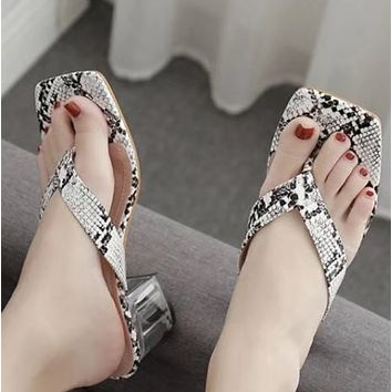 Hot style sells serpentine transparent and flip-flops shoes