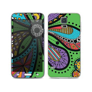 The Bold Paisley Flower Skin For the Samsung Galaxy S5