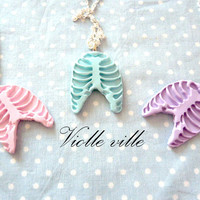 Pastel goth ribs necklace pink