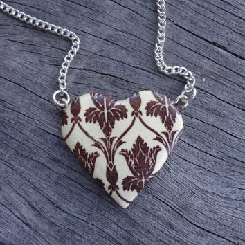 Small 221B Wallpaper, Heart Necklace - Sherlock BBC