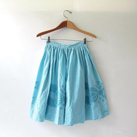 vintage 50s blue checkered skirt. full circle skirt. high waist skirt. knee length apron skirt