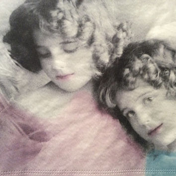 Pack of four 3 ply decoupage paper napkins vintage Victorian angels