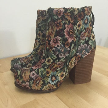 Jefffery Campbell Vintage Floral Boots  (Small/Indie Brands)