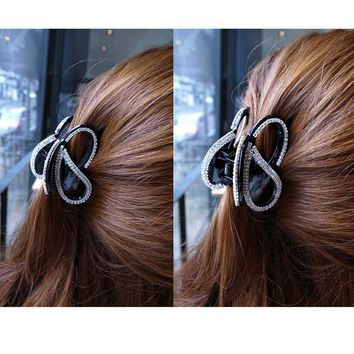 Flying Butterfly Hair Accessories Hair Claw Clip for Women Rhinestone Clasp Girls Hair Clamp Nice Hairpins Black/Brown HC3166