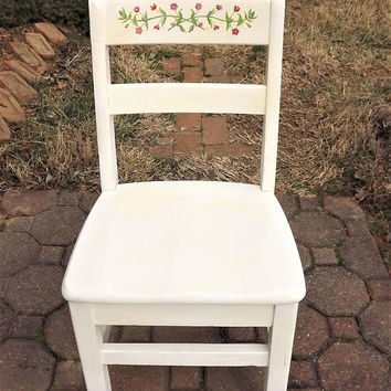 Vintage Childs Chair, Little White Chair, Childrens School Desk Chair, Small Wooden Chair, Baby Doll Chair, Vintage Flower Chair