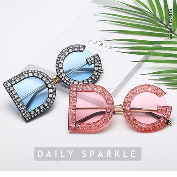 Royal Girls 2018 New Character Letters Sunglasses DG With Diamond Sunglasses European And American Fashion Sunglasses DG