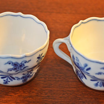 2 Small Antique Meissen Demitasse Cups, Blue Onion Meissen